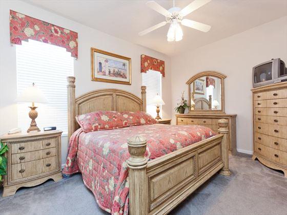 Typical Windsor Palms bedroom