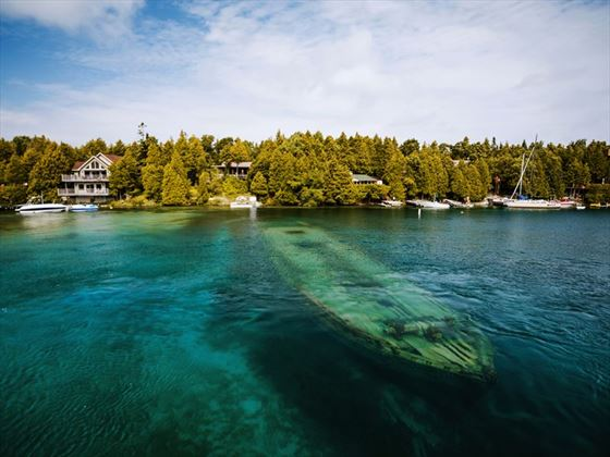 Wreck in Georgian Bay, Tobermory