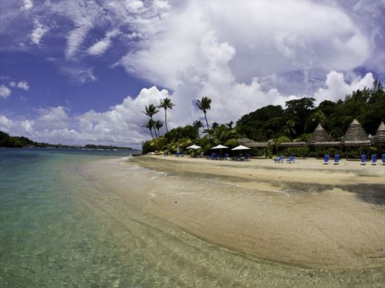 The stunning beach at Young Island