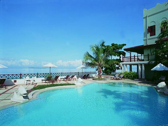 Zanzibar Serena pool