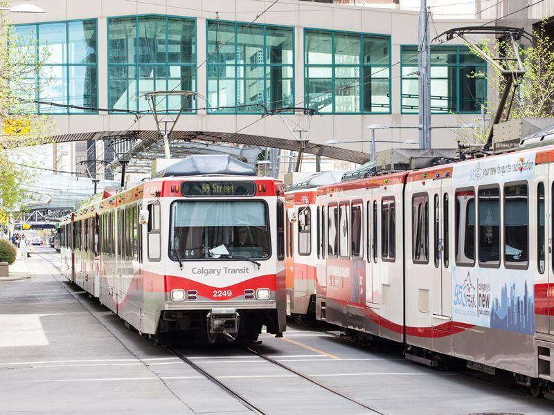 calgary transit train
