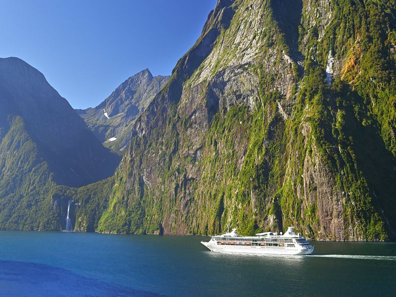 cruising milford sound fiordland rob suisted