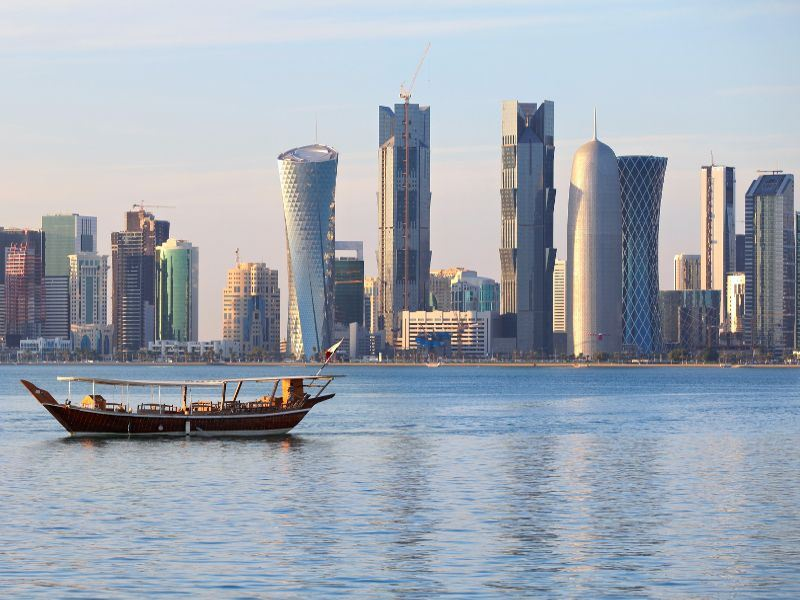 dhow and doha skyline