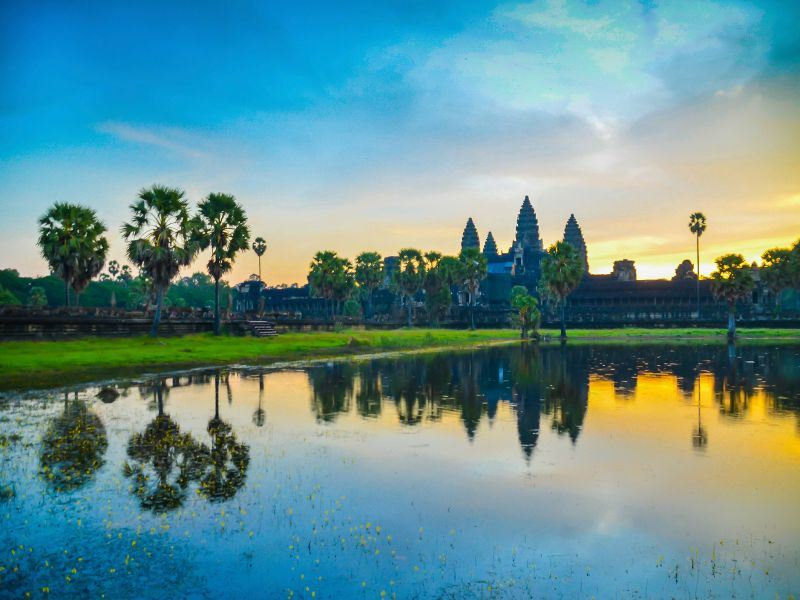 early morning sunrise and reflection angkor wat