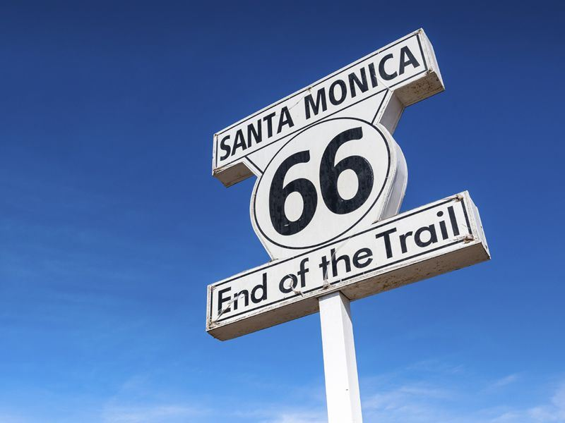 end of route 66 sign santa monica