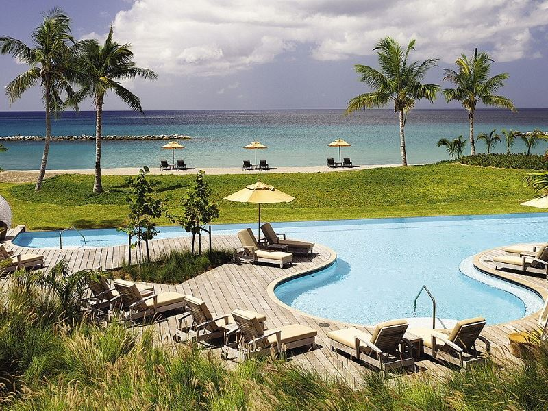 four seasons resort nevis ocean pool
