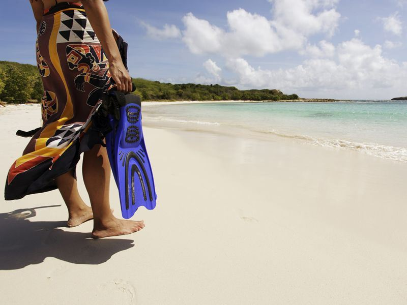 going snorkelling in antigua