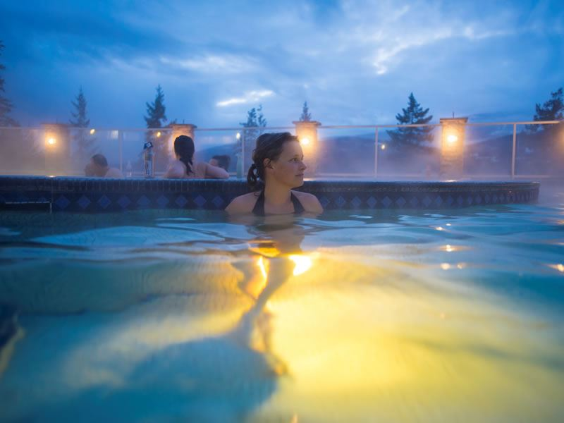 halcyon hot springs kootenay rockies