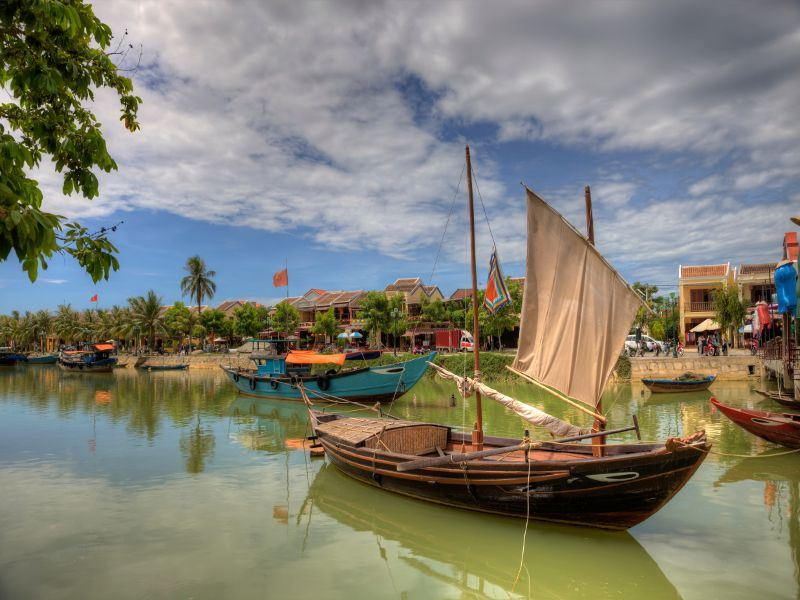 hoi an fishing boats