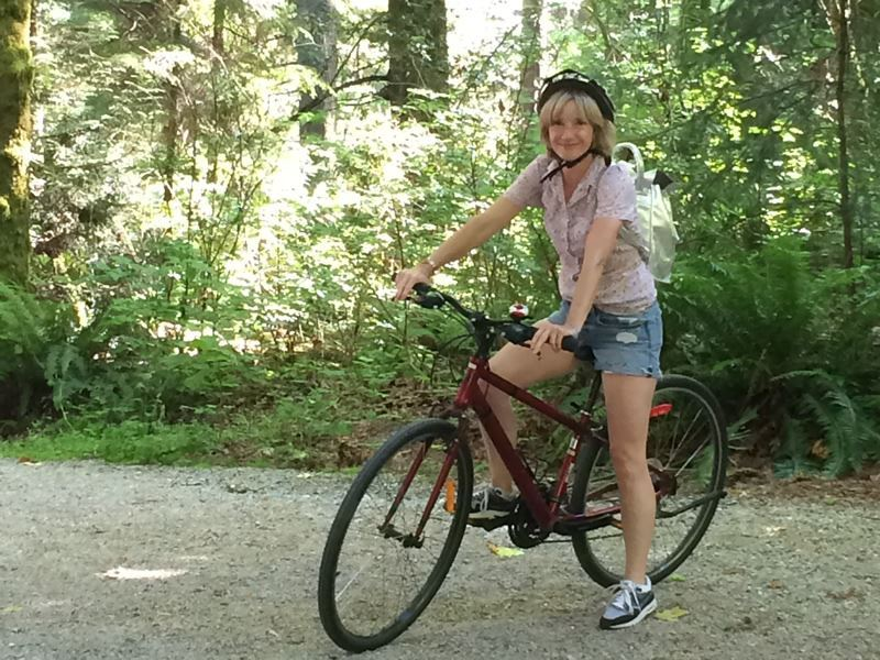 jane horrocks bike ride in stanley park
