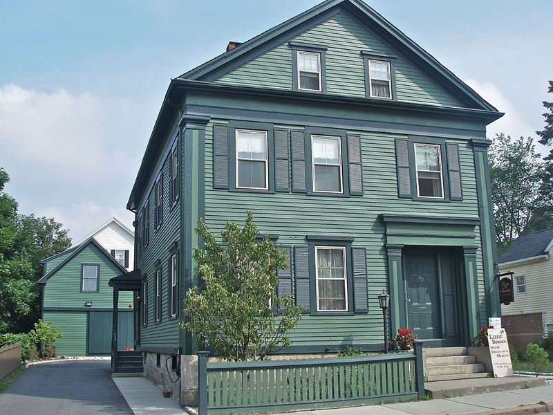 lizzie borden house massachusetts