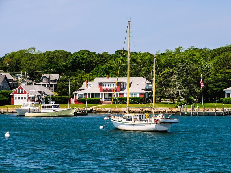 oak bluffs on the island of marthas vineyard