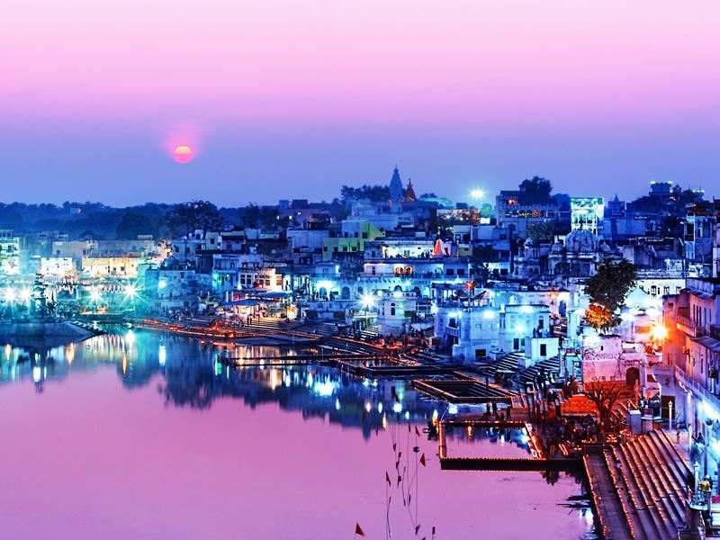 pushkar at night
