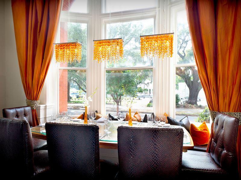 savannah 700 drayton restaurant