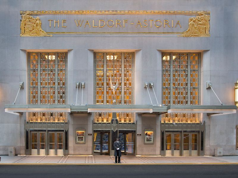 waldorf astoria new york park avenue entrance