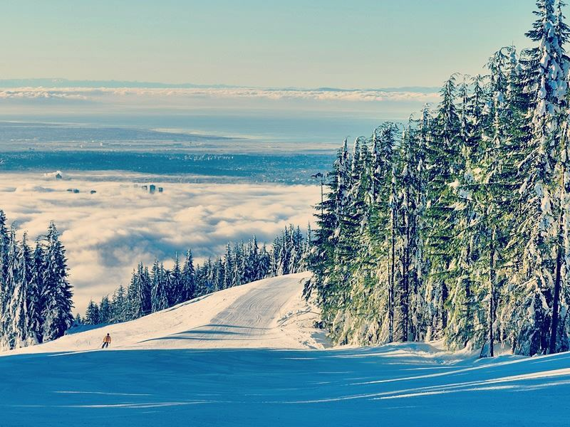Snow falls on Grouse Mountain, Vancouver